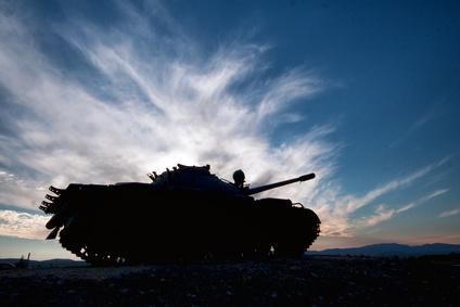 Panzer im Sonnenuntergang