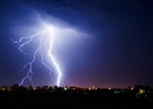 Ein Gewitter bei Nacht